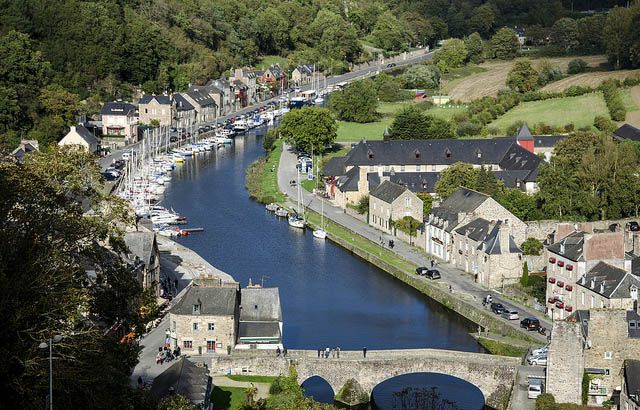 Dinan © TheBody22 - Flickr Creative Commons