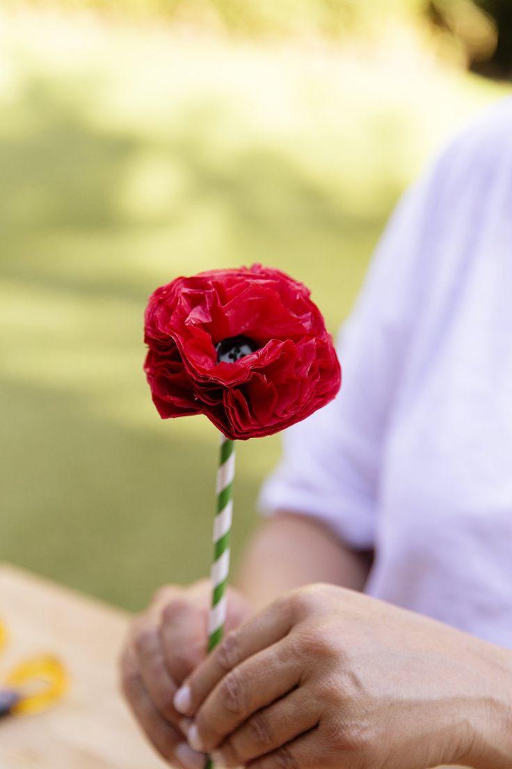 Commemorative Anzac Poppy Craft — Chyka.com #chykakeebaugh #anzac #poppy #anzacpoppy #craft #anzacpoppy #chykak @thebiggroupinstagram @thedesigndepotinstagram