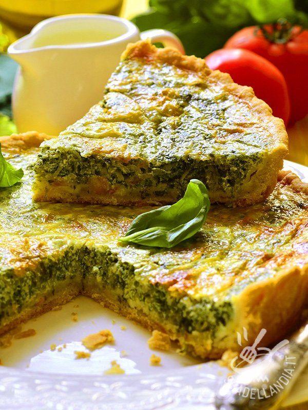 Che gusto la Quiche di emmental broccoli e spinaci! Un pieno di verdure e tanta golosità in questa quiche a base di ortaggi e formaggio!
