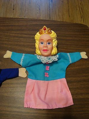Prinses poppenkastpop - Vintage Punch & Judy Princess Hand Puppets Rubber Heads