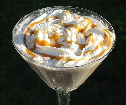 ☆ Caramel Macchiato Martini: 2 oz. Bailey's Caramel Liqueur, 1.5 oz. Kahlua, 1 oz. Vanilla Vodka, 1.5 oz Half & Half Whipped Cream Tbsp. Smucker's Caramel Topping ☆