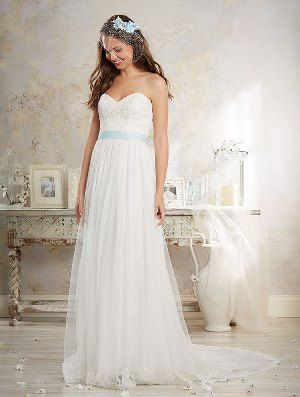 MODERN VINTAGE BY ALFRED ANGELO 2016 Collection - 8549 - All Over Lace A-Line Gown with Sweetheart Neckline