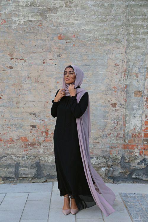 M O D E S T F A S H I O N Scarf and cape @hijabhouse : @bbphotofilms
