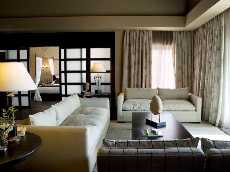 Habitaci n suite presidencial del hotel barcel asia for Hoteles interior alicante