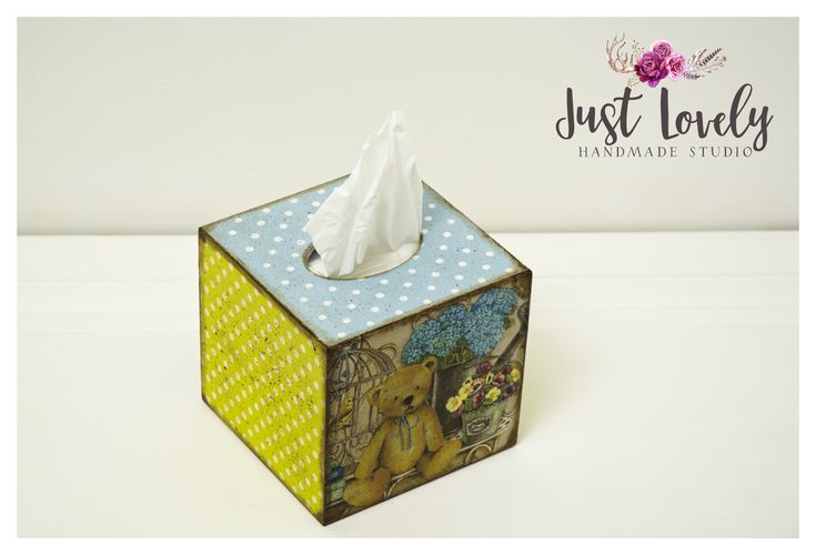 Tissue box  with teddy bear and dots #bear #decoupage #dots #gift #tissue