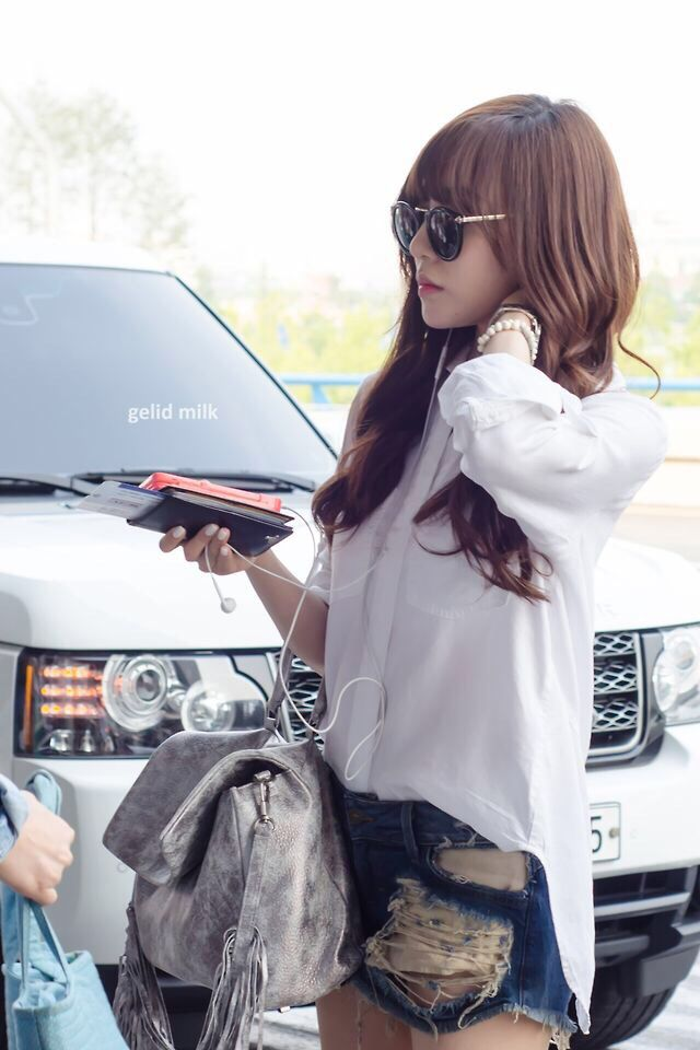 Girls Generation Snsd Tiffany Hwang Fashion airport