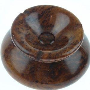 Cendrier en bois de thuya : D:15cm, H:7cm