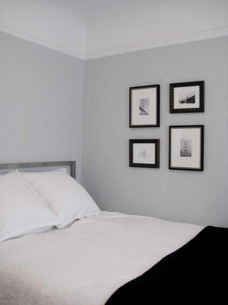Bedroom benjamin moore pale smoke new home pinterest Best gray paint for bedroom benjamin moore