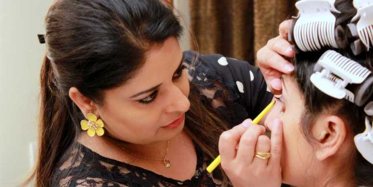 Beauty parlor in Hyderabad  Bubbles - Services|Unisex Salons in Hyderabad  Bubbles offers its customers the best services in beauty and hair care making it one of the best Salons in Hyderabad.