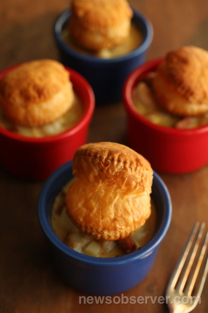 These Shrimp and Andouille Pot Pies make the cutest individual ...