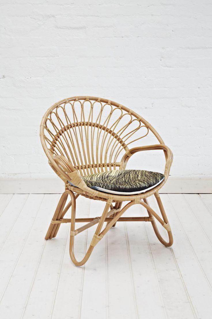 25 best round chair ideas on pinterest round sofa chair circle chair and sofa chair. Black Bedroom Furniture Sets. Home Design Ideas