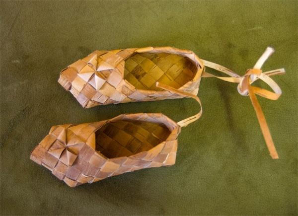 Tuohi virsut or birch bark shoes.