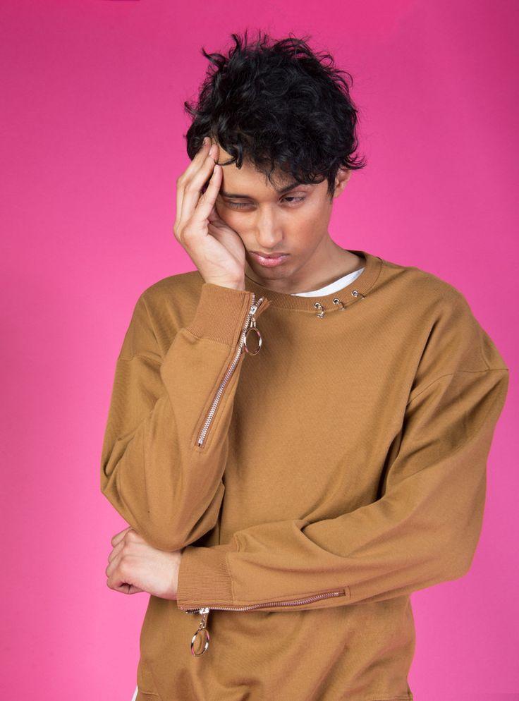 Camel Pierced Sweatshirt Pullover – BKBT Concept