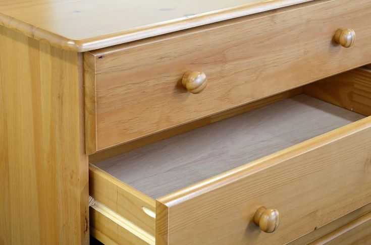 Sol 4 Drawer Chest in Antique Pine #Chestdrawersets #Chestsets
