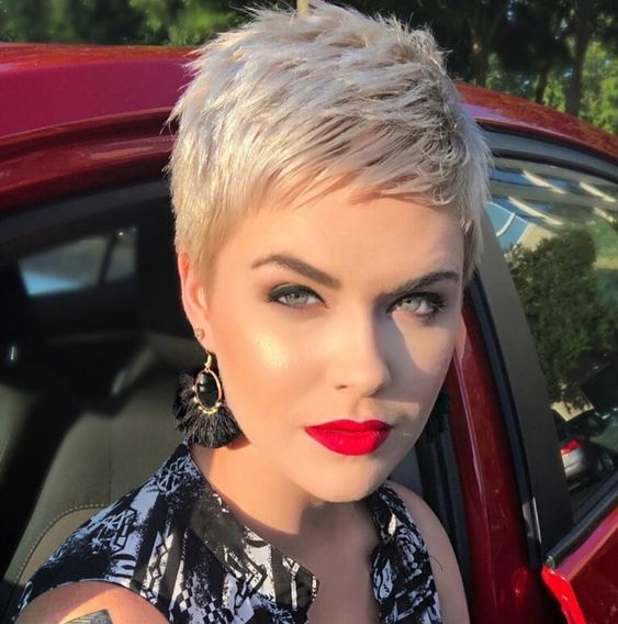 23 Best Messy Pixie Hairstyle That You Will Totally Adore – Page 19 of 23
