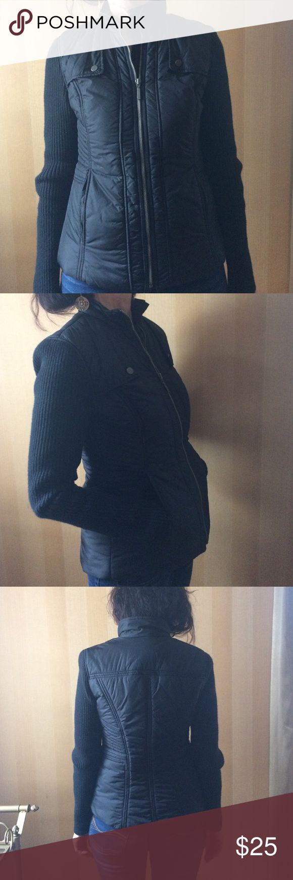 Mid-weight Tommy Hilfiger black jacket NWOT Tommy Hilfiger mid-weight jacket, sweater sleeves. Never worn. Two outside pockets, zip up. Perfect condition. Tommy Hilfiger Jackets & Coats Puffers