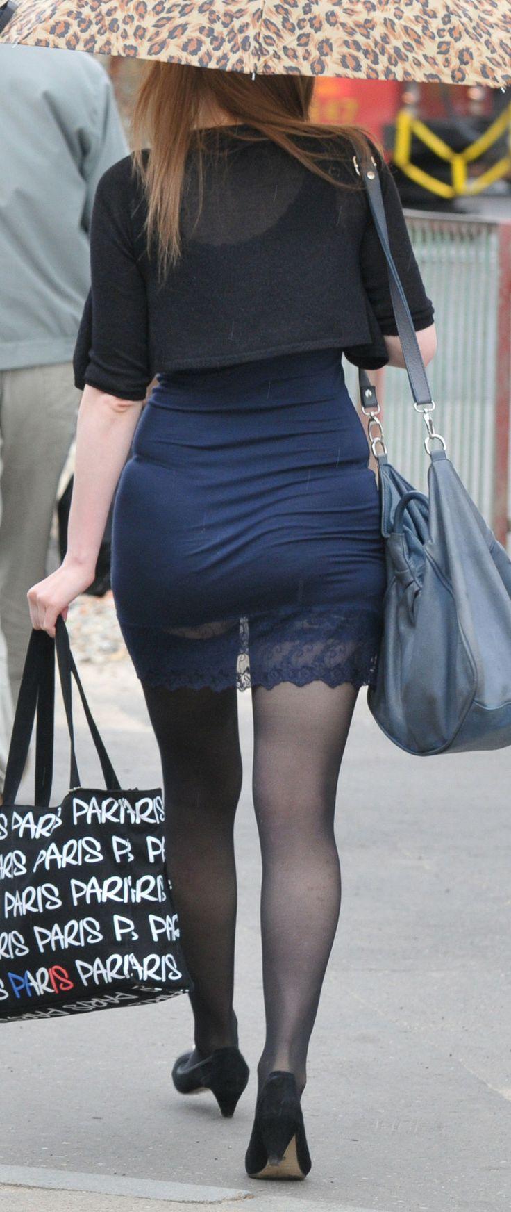 tight dress panty line