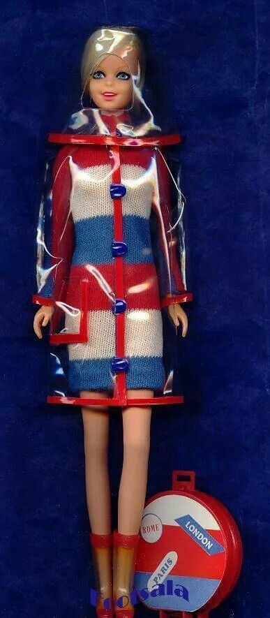 """Twiggy models Francie fashion #1281 """"Clear Out"""" from the collection of Gene Foote."""