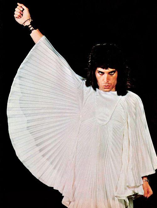28 best Freddie images on Pinterest   Killer queen, Queen