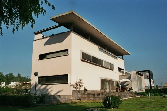 The Villa Bianca was designed in 1937 by Giuseppe Terragni