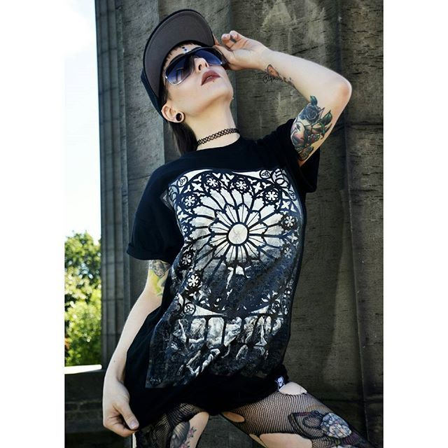 """Paradise Lost"" Tee & ""Conspiring"" Snapback Available at www.crmc-clothing.co.uk   WE SHIP WORLDWIDE Model - @izabellaraejaxxofficial Photography by @darklensstudio #stainedglasswindow #tattooedwomen #hot #blackmetal #womenwithtattoos #tattooedmodels #beautiful #blackwear #alternative #alternativefashion #alternativestyle #paradiselost #fashionstatement #fashiongram #gustavedore #ancientegypt #blackmetalgirl #fashion #fashionoftheday #dailyfashion #alternativeguy #alternativeboy…"