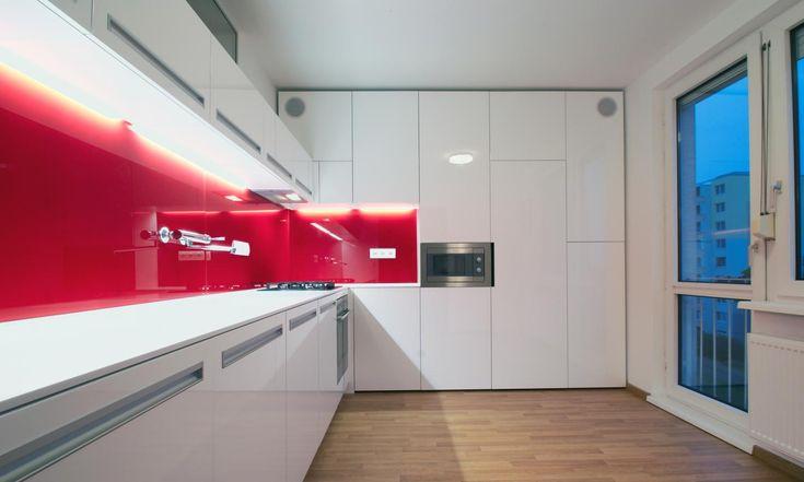 RULES Architekti - Rekonštrukcia bytového jadra, Ružinov