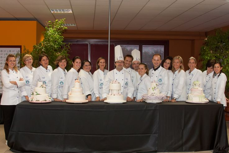 Gli alunni diplomati del primo corso di Pasticceria e Cake Design Conpait tenutosi a Milano a settembre 2013