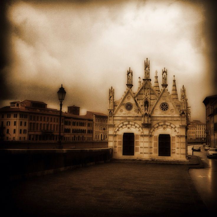 Pisa, chiesa di Santa Maria della Spina