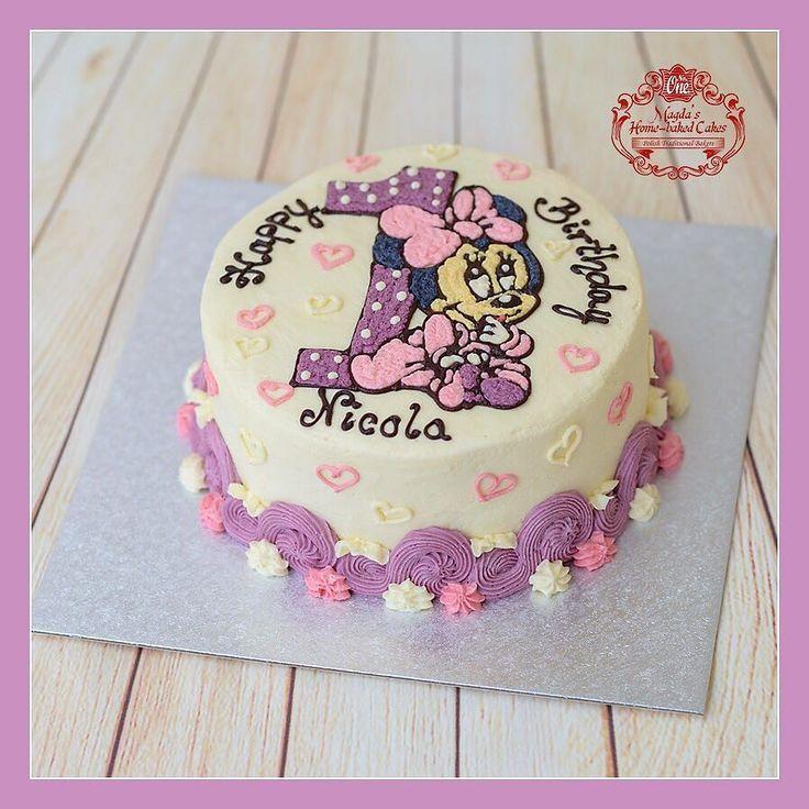 Tort malinowo - śmietankowy z owocami leśnymi i bananami. Zapraszam do mojej galerii - kliknij i polub na Facebook'u http://ift.tt/2iOM9eB http://ift.tt/2hQF4gA Żądaj certyfikatu ! Nie ryzykuj ! #WheresTheSticker #BirthdayCakeSmash #MagdasCakes #northampton