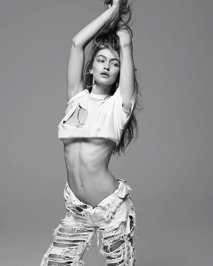 Gigi hadid hot pics collected from Instagram
