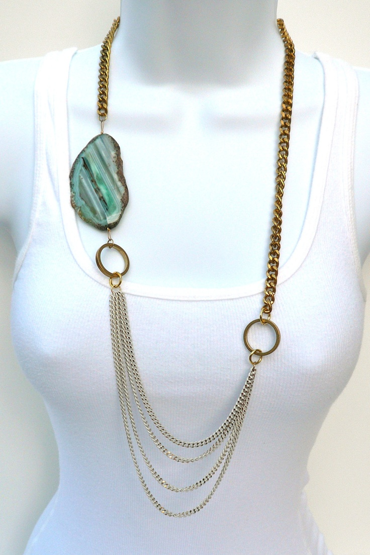 Oia Jules agate necklace.