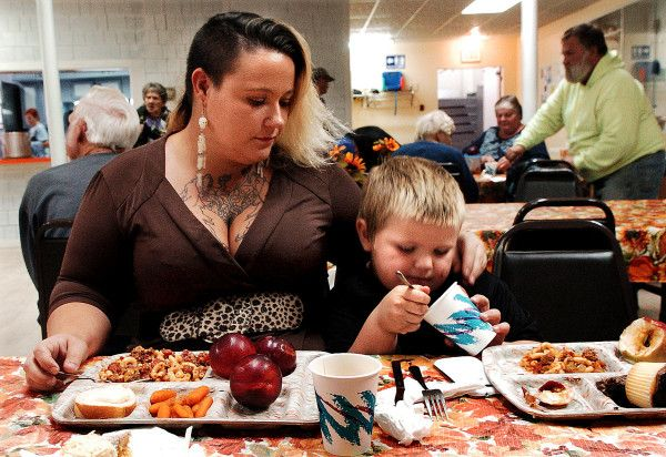 Are single parents the reason poverty is rising in Maine?