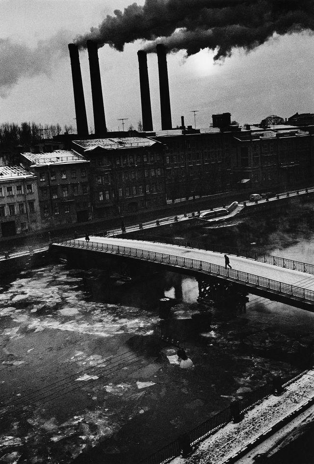 Boris Smelov - Fontanka river in winter, 1987. S)