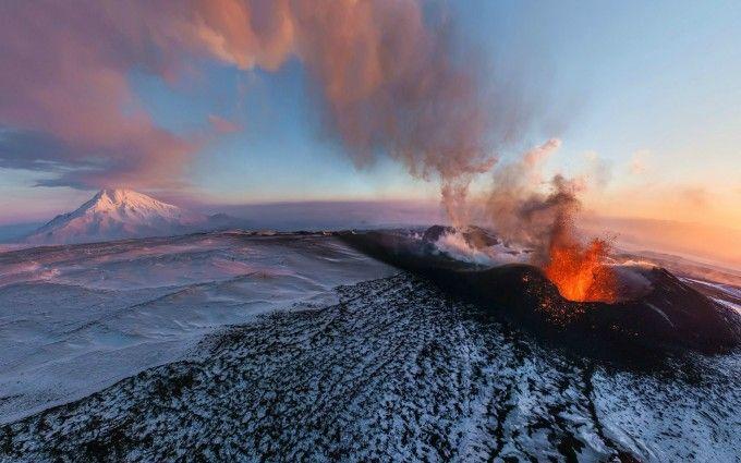 The Plosky Tolbachik volcano in Kamchatka World___Russia_Flat_Tolbachik_volcano_in_Kamchatka_096470_