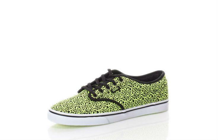 Tenisi unisex VANS http://www.fashiondays.ro/p/pantofi-sport-negri-cu-galben-neon-atwood-femei-vans-2203829-1/?p=10&lt=c
