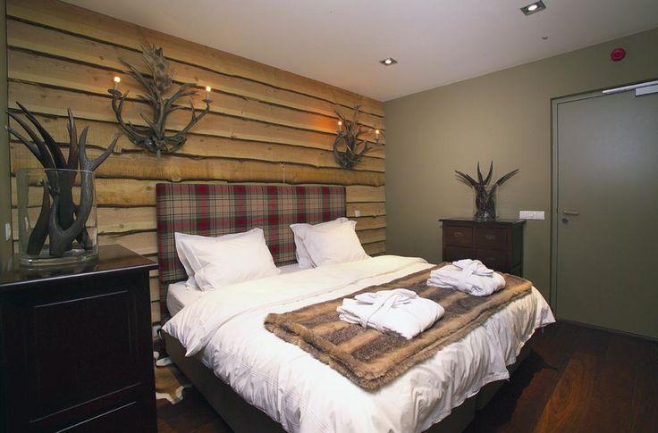 €155 Situé dans le centre historique de Breda, le Bliss Boutique Hotel vous propose des suites luxueuses, avec cheminée et télévision dotée de chaînes gratuites...