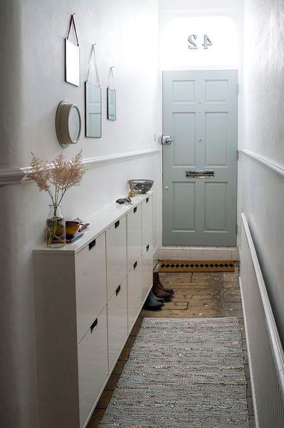 Une porte d'entrée tendance en bleu ! http://www.m-habitat.fr/portes/types-de-portes/les-portes-d-entree-1627_A