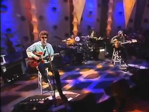 Soda Stereo MTV Unplugged ZOOM CUANDO PASE EL TEMBLOR