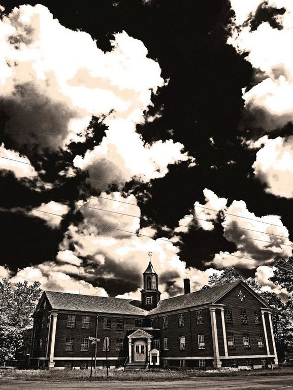 Just because Halloween is over, doesn't mean that the scares stop! Take a tour of Rolling Hills Asylum and get spooked!