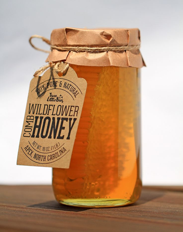 1lb of wildflower comb honey in glass jar