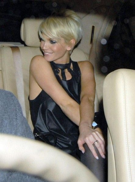Sarah Harding Photos - Sarah Harding Partying At The Mahiki Nightclub With Friends - Zimbio