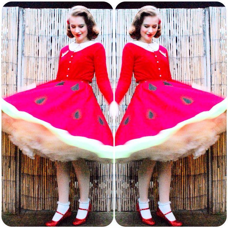 Best 25 watermelon skirt ideas on pinterest watermelon dress tutorial watermelon skirt watermelon skirtoutfit postspinupherooutfits solutioingenieria Choice Image