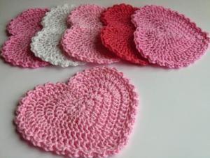 Srdce podšálek, heart crochet pattern