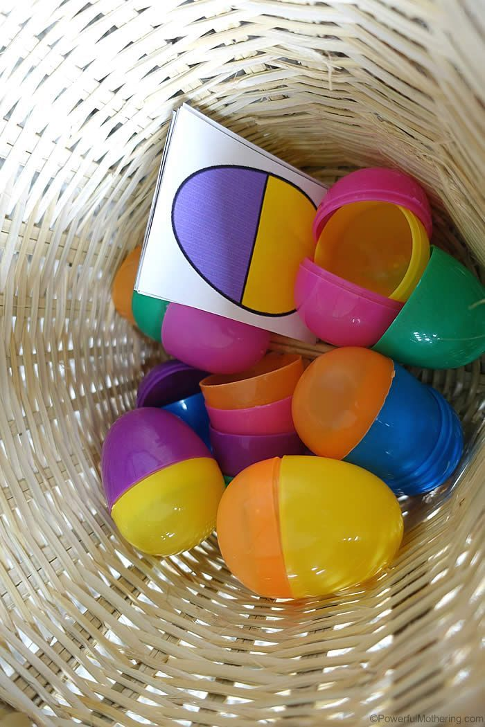 busy bag for easter plastic eggs. Easter fine motor ideas. This can be used as a fine motor activity and matching activity.