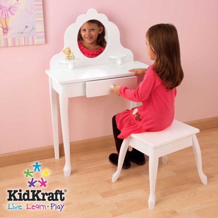 17 meilleures id es propos de coiffeuse enfant sur pinterest coiffeuse pour enfant. Black Bedroom Furniture Sets. Home Design Ideas