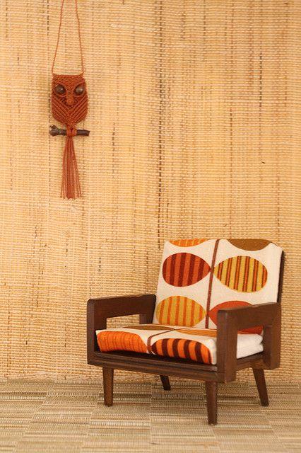 Tiny Mattel Modern Doll Furniture 1958 - love The macramè owl on The wall.
