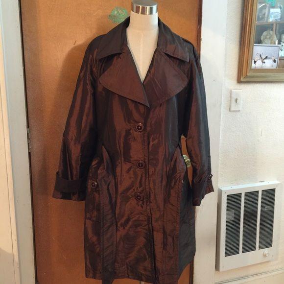 Trench coat.  Lightweight trench coat Trench coat.  Lightweight trench coat copper/brown Bandolino Jackets & Coats Trench Coats
