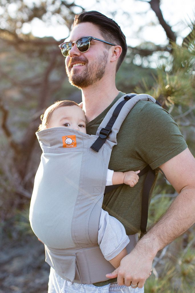 Baby Tula is delighted to announce our new line up of breathable mesh baby carriers designed to bring a cool ocean breeze to your everyday: Tula Coast. This new line offers a reinterpretation of our o