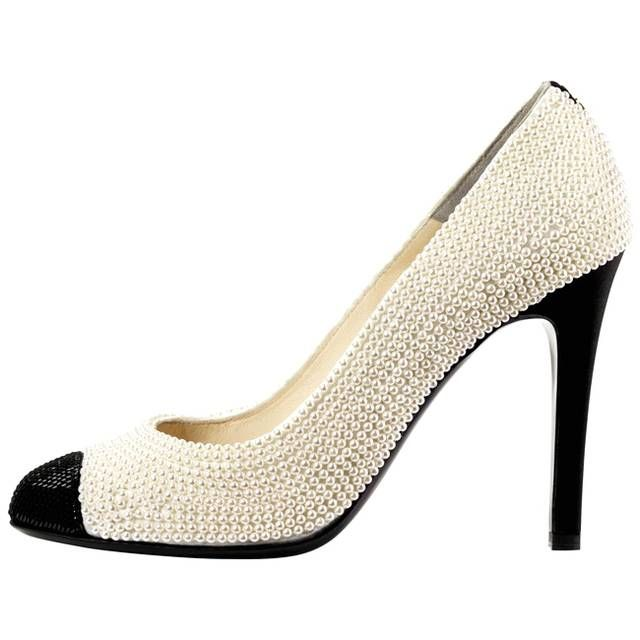Le bicolore di Chanel con perle...these look like the cute female version of the michael jackson smooth criminal shoes