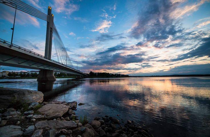 Jätkänkynttilä bridge in the city of Rovaniemi, in Finnish Lapland. Photo by Visit Rovaniemi / Rovaniemen matkailu
